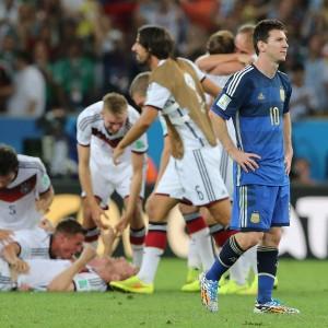 Argentina, Mascherano difende Messi: ''In finale grazie a lui''
