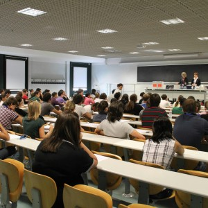 Test Medicina, il Tar dà ragione agli studenti: ammessi oltre duemila bocciati