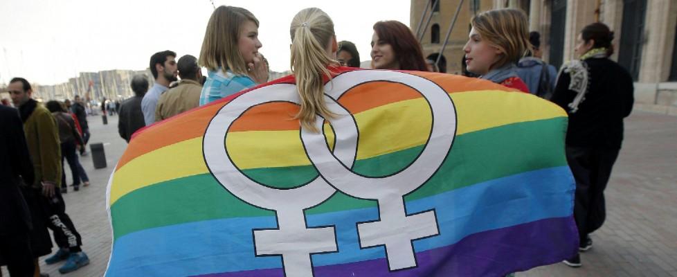 """""""Io, umiliata dalle suore. I gay in quella scuola sono considerati solo malati da curare"""""""