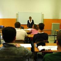 Scuola, immissioni in ruolo saranno oltre 30mila. Ma è scontro tra Istruzione ed Economia