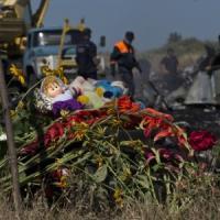 """MH17, la Russia accusa ancora Kiev. Obama: """"Mosca non ostacoli le indagini"""""""