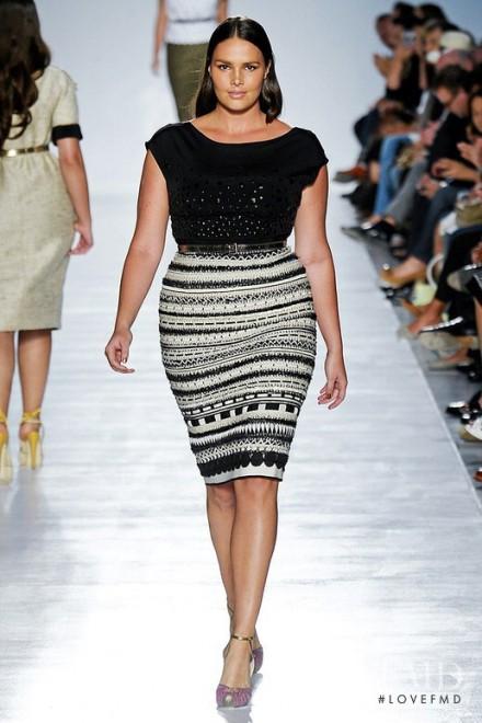 Candice Huffine, 90 chili di bellezza: la prima modella