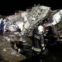 Taiwan, si schianta un aereo passeggeri: 47 morti