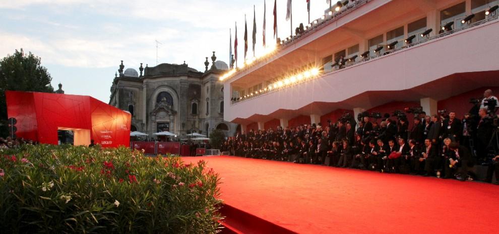 Mostra del Cinema di Venezia, annunciati i film in gara. Molti gli italiani fuori concorso
