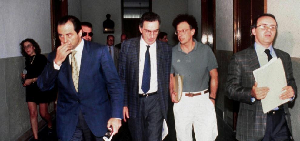 Tangentopoli, la fiction: Milano 1992, il thriller sul terremoto che sconvolse l'Italia
