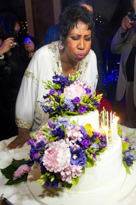 Aretha Franklin, non c'è più rispetto per la regina del soul (che vuole gustarsi un hamburger)
