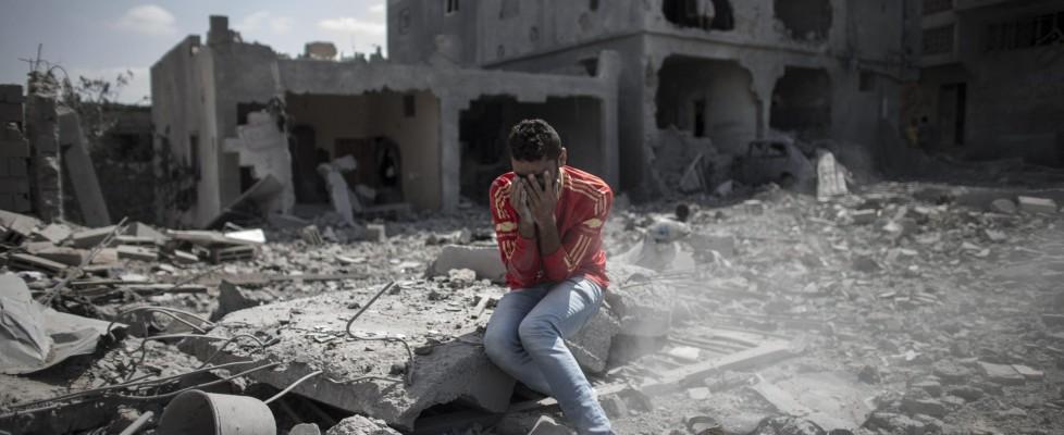 """Obama a Netanyahu: subito tregua incondizionata. Razzi da Gaza dopo la tregua di Hamas. Il premier israeliano: """"Violano il loro cessate il fuoco"""""""
