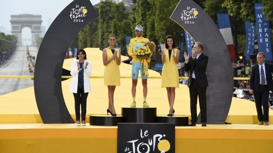 Nibali ha vinto il Tour de France: Parigi incorona il suo re