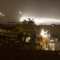 """Bilancio Onu: 200 bambini morti. A Gaza brucia l'unica centrale elettrica. Kerry: """"Netanyahu chiede aiuto Usa per tregua"""""""