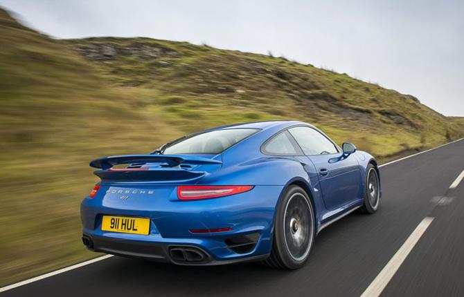 Raid dell'Etna, Porsche in prima linea