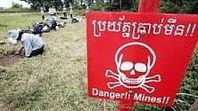 Mine antipersona  Una strage infinita  nonostante un trattato internazionale  che però non tutti  hanno firmato   di MARTA RIZZO