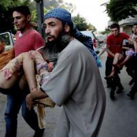 """Gaza, stragi in scuola e mercato. Onu a Israele: """"Vergogna colpire bimbi"""". Usa: uccisi innocenti"""