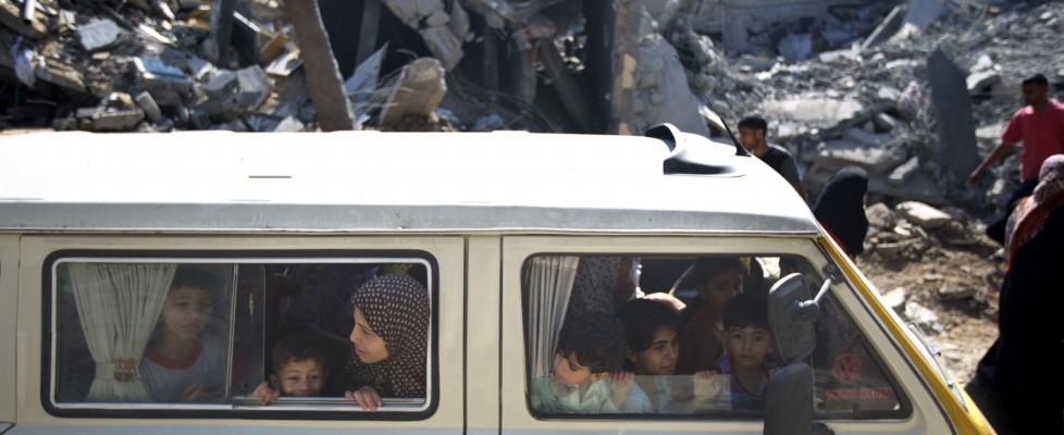 """Gaza, Israele: """"Tregua finita, rapito nostro soldato"""". Obama ad Hamas: """"Liberatelo"""""""