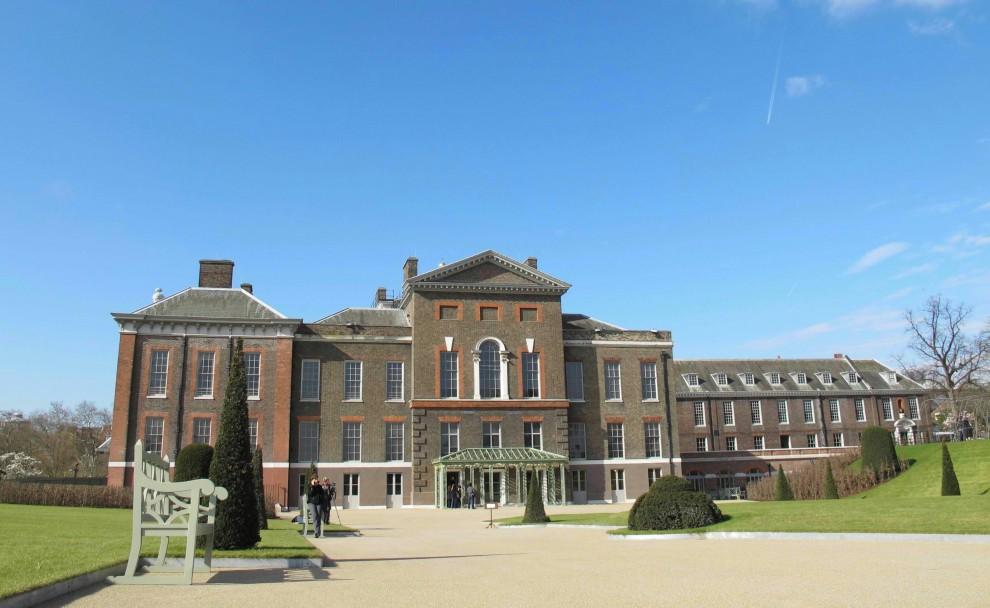 Londra, lavori milionari a Kensington Palace, ma Kate e William vanno in campagna