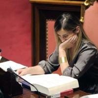"""Senato e riforma, l'Aula accelera. M5s disertano i lavori: """"Una porcata"""""""