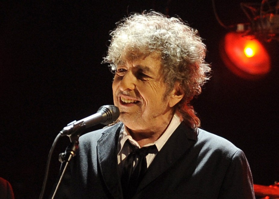 Bob Dylan e i suoi epigoni (compreso Depp) tornano in cantina