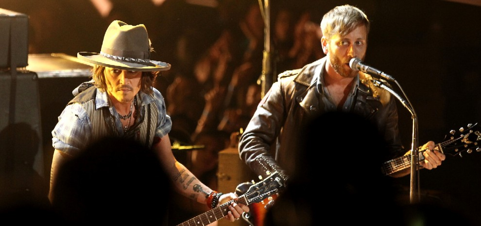 "Johnny Depp rilancia la favola dei ""Basement Tapes"" di Dylan con le star del rock"
