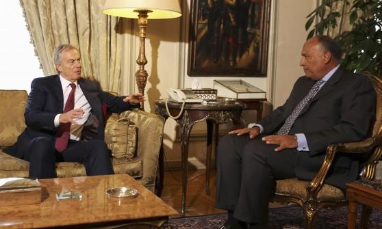 Israele e Palestina accettano di estendere la tregua. Al Cairo continuano i colloqui per la pace