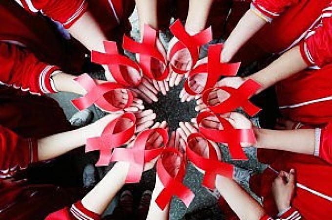 """Aids, appello delle associazioni: """"Infezione sottostimata in Italia. Serve più prevenzione"""""""