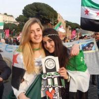 """Volontarie rapite in Siria, famiglia Greta: """"Aiutatele raccontando verità"""". Forse portate via da commando"""