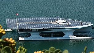 Turanor, il catamarano da sogno Solca il mare con l'energia solare