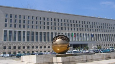 Finanza e Cooperazione:  la nuova legge  promossa a metà  dagli esperti di economia