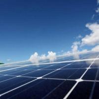 Energia, le rinnovabili dominano il settore delle mini-centrali