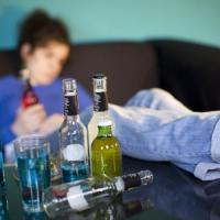 Alcol, smettere è una sfida con il proprio cervello: manca la dopamina