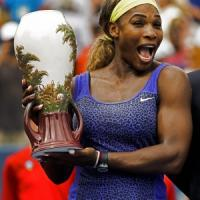 Tennis, Serena Williams trionfa a Cincinnati. Federer batte Ferrer