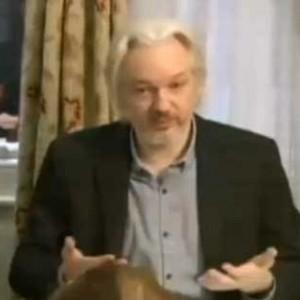 """Wikileaks, Assange per ora non si consegna e accusa gli Usa: """"Ma presto lascerò l'ambasciata"""""""