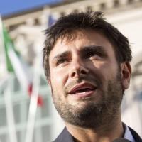 """Iraq, dopo la bufera su Di Battista arriva la risposta sul blog di Grillo: """"Maiali..."""