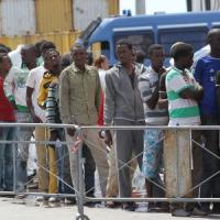 """Emergenza migranti, l'Ue gela l'Italia su Frontex: """"Non ha i mezzi per subentrare a Mare..."""