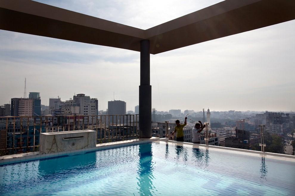 Dall'Uganda alla Colombia: viaggio di piscina in piscina