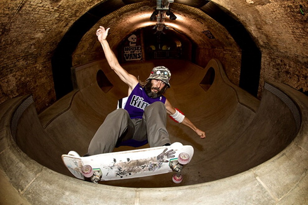 Londra, la stazione del metrò diventa uno skatepark