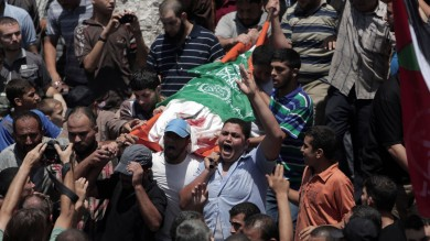 """Gaza, 20 morti dalla fine della tregua Hamas: """"Colpiremo aeroporto Tel Aviv"""""""