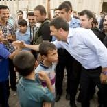 """Sì del Parlamento su armi ai curdi Renzi a Bagdad e in Kurdistan   vd   """"Insieme batteremo terroristi"""" -   ft"""
