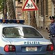Roma, tenta di rapire  bimba di 2 anni in strada  i passanti lo bloccano