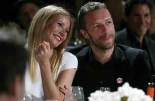 Chris e Gwyneth di nuovo felici, l'amore è altrove