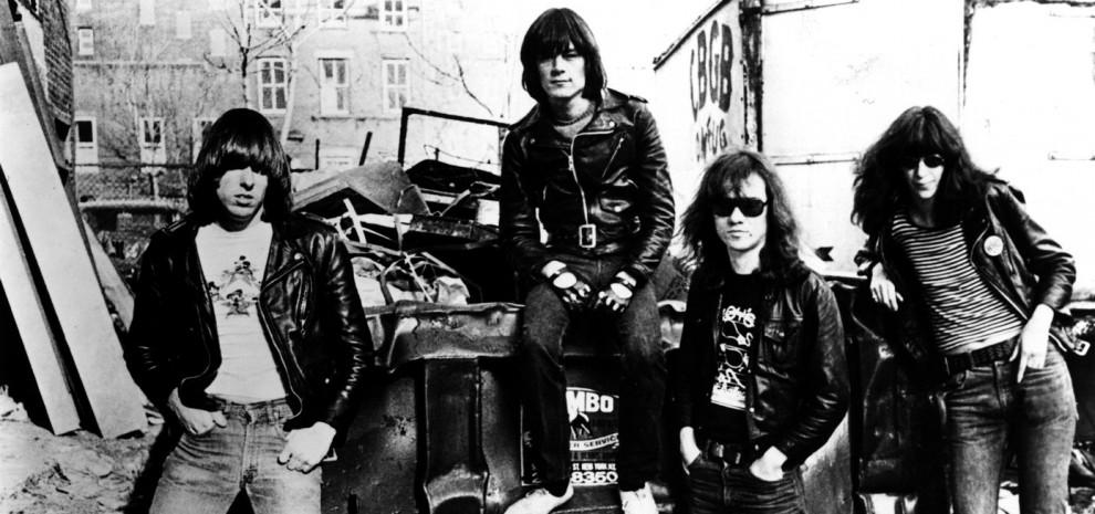 """Ramones, in un libro la vera storia è narrata dal """"quinto punk"""""""