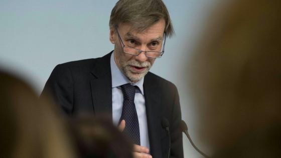 """Delrio: """"Pensioni, nessun prelievo e gli 80 euro resteranno. La Ue torni a investire"""""""