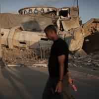 Gaza, nuovi raid. Gb, Francia e Germania presentano una risoluzione al Consiglio di...