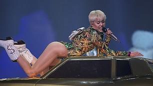 Miley Cyrus è troppo volgare Santo Domingo vieta show /   leggi