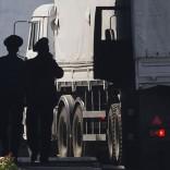"""La Russia lancia la sfida   foto    Primi camion a Lugansk Ucraina: """"È un'invasione"""" Usa: """"Ritirateli subito"""""""