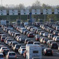 Controesodo, traffico intenso verso le grandi città