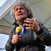 Finti scoop, scandali e cure miracolose: sul web di Grillo storie dell'altro mondo