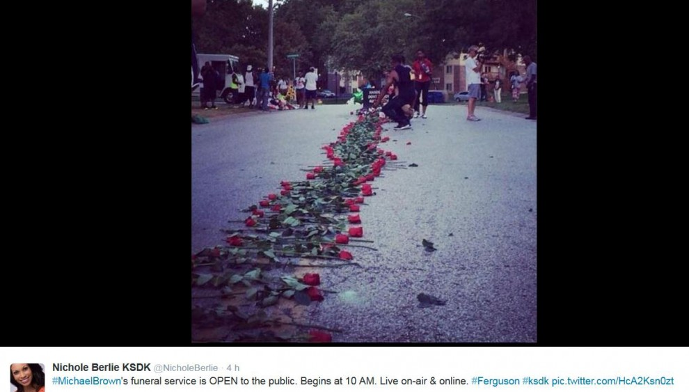 Usa, lacrime e rose su Twitter: i funerali di Michael Brown