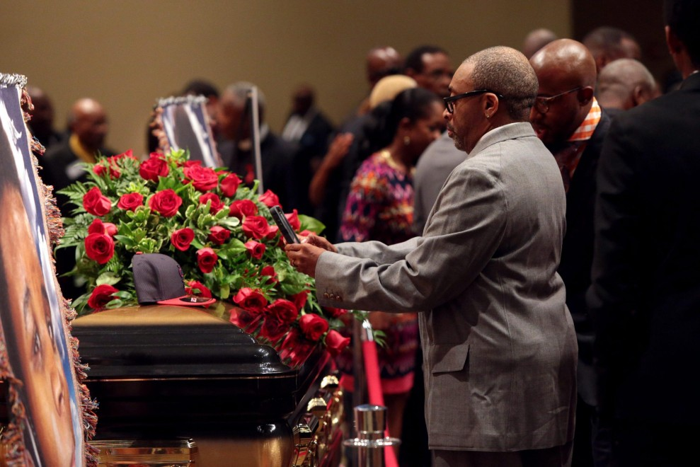 Usa, Ferguson: Spike Lee ai funerali blindati di Michael Brown