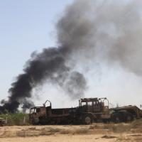 Libia spaccata a metà, gli islamisti avanzano: ormai è guerra civile