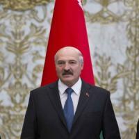 """Ucraina, """"Riprendiamo dialogo"""". Due ore di faccia a faccia Poroshenko-Putin a Minsk"""