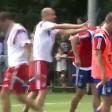 """Guardiola """"furioso"""" in campo sgrida    Müller e Pizarro"""